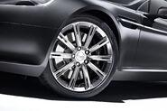Aston-Martin-Rapide-carscoop-Luxe-12