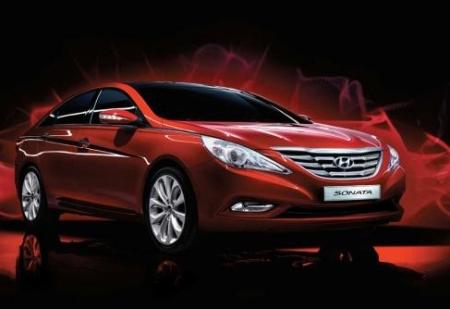 File:2011 Hyundai Sdonata 2small.jpg