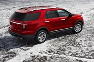2011-Ford-Explorer-SUV-113