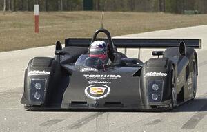 Cadillac-LMP2001