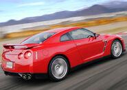 Nissan-GT-R 2008 13