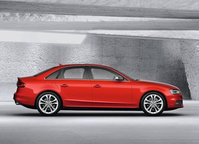File:Audi-s4 2013 1280x960 wallpaper 03.jpg