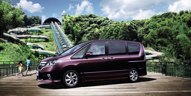 File:Nissan-serena005.jpg