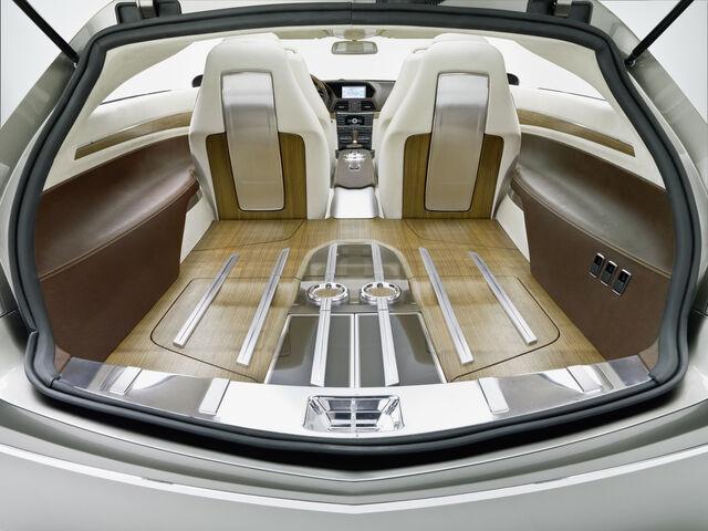 File:Mercedes ConceptFASCINATION 1223113656195 copy.jpg