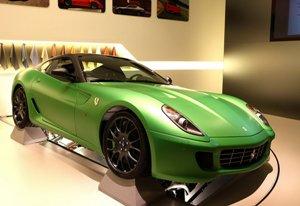 Ferrari-599-Hybrid-2small