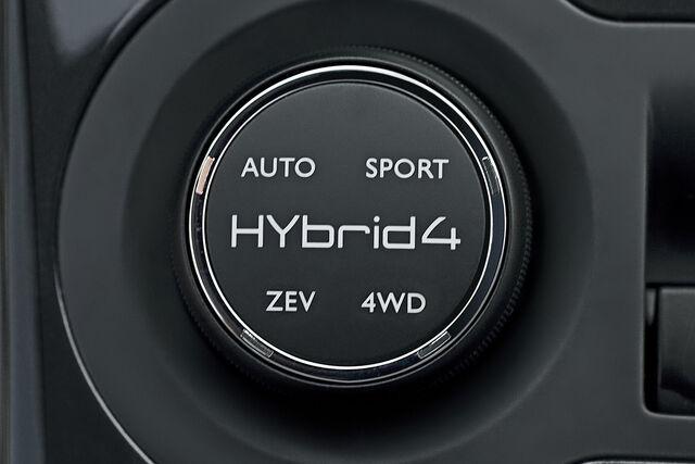 File:Peugeot-3008-Hybrid4-6.jpg