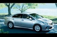 Toyota-sai-hybrid-sedan-13