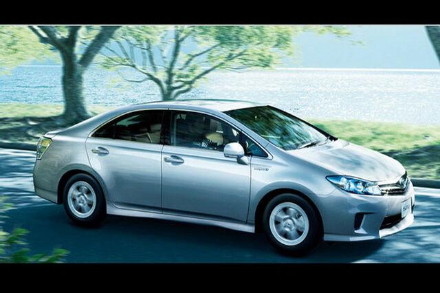 File:Toyota-sai-hybrid-sedan-13.jpg