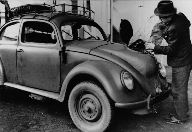 File:1944-Volkswagen-Type-1-Charcoal-Gas-System.jpg