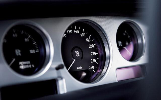 File:112 0608 06z-rolls royce 101ex concept-gauges.jpg