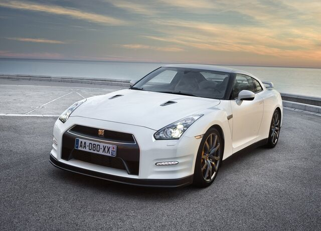 File:Nissan-gt-r 2011 1.jpg