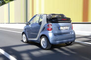 2011-Smart-ForTwo-24