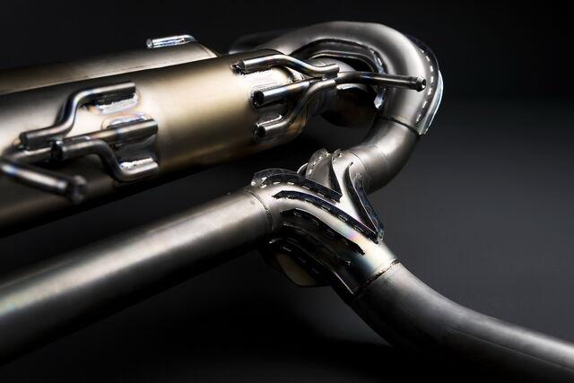 File:Nissan-GT-R-SpecV-30.jpg