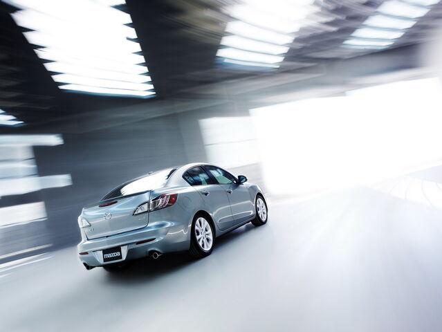 File:2010-Mazda3-Sedan-19.jpg