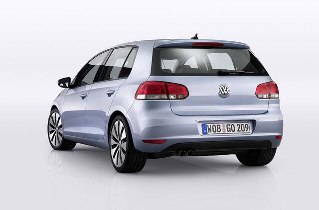 File:2009-Volkswagen-Golf-3.jpg