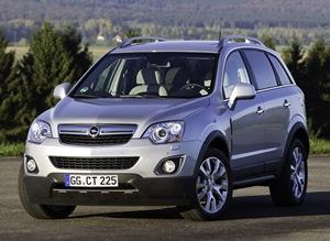 2011-Opel-Vauxhall-Antara-2small