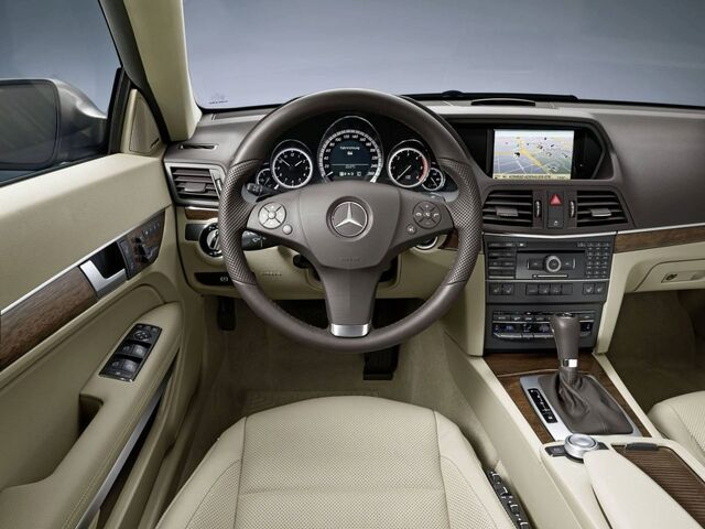 File:Mercedes-benz-e-class-coupe 8.jpg