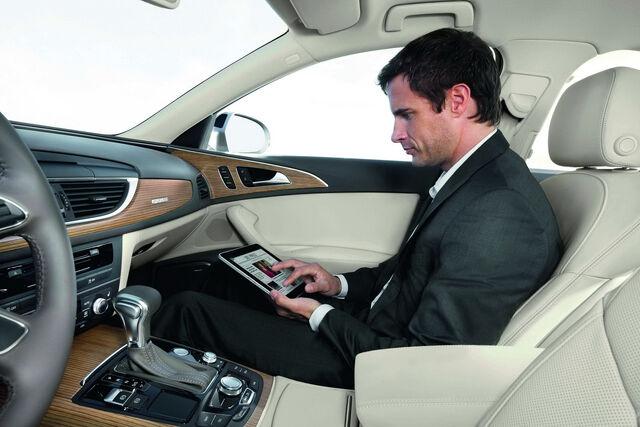 File:2012-Audi-A6-22.jpg