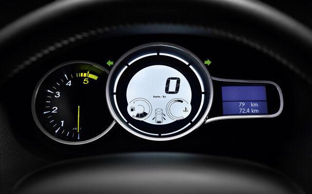 File:Renault-Megane-2009-19.jpg