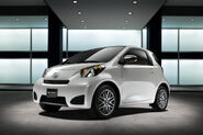 2011-Scion-iQ-10