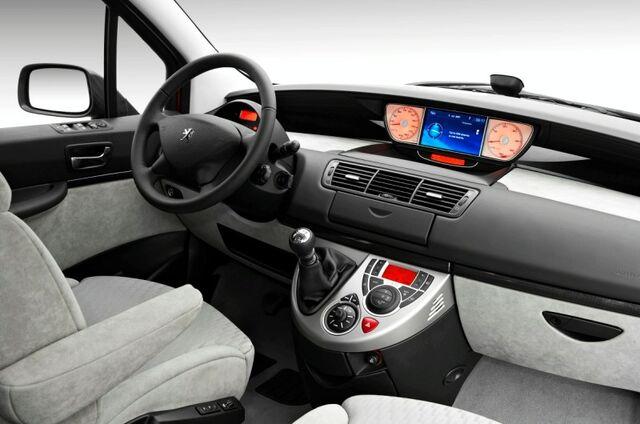 File:Peugeot 807 2.jpg