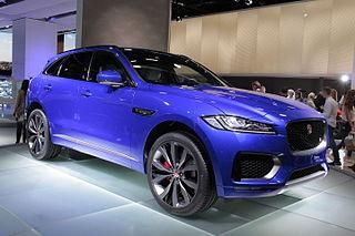 Jaguar F-Pace (front 3-4)