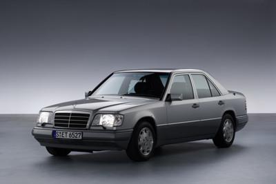 Mercedesbenz2bw1242b2b1qb4small