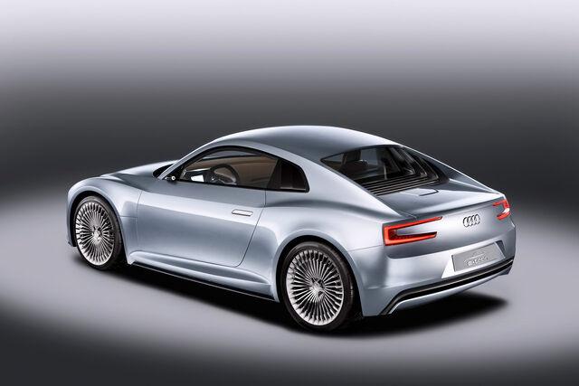 File:Audi-Detroit-e-tron-55.jpg