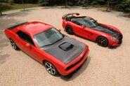 Dodge-Challenger-SRT10-4