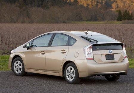 File:2010-Toyota-Prius-2small.jpg