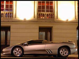 Mercedes-SLR-Lamborghini-Diablo-4