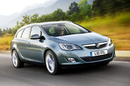 Opel-Vauxhall-Astra-Sports-Tourer-15