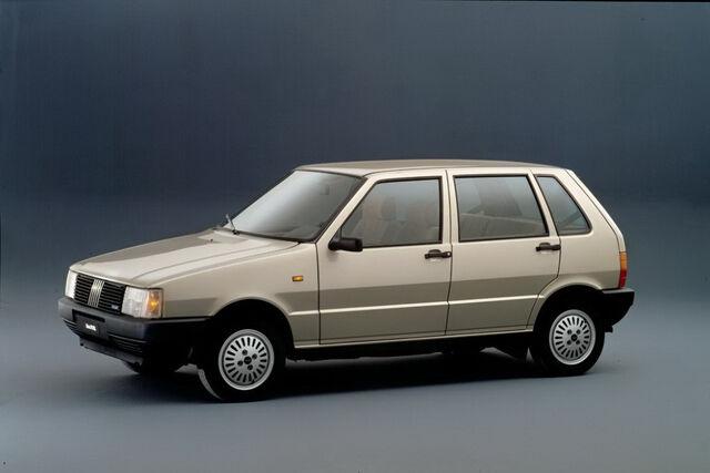 File:Fiat-Uno-946.JPG