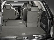 0607 z-2007 gmc acadia-rear cargo space