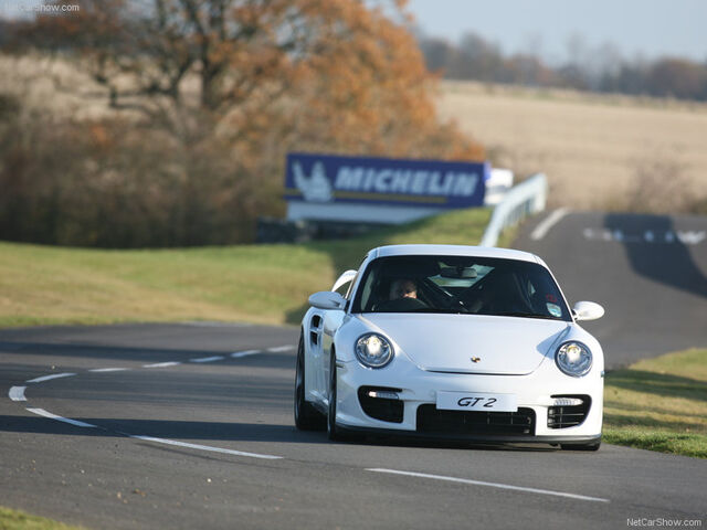 File:Porsche-911 GT2-2008-800-1c.jpg