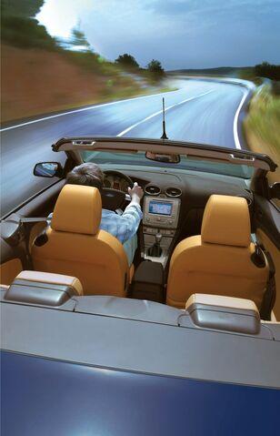 File:2009 Ford Focus CC 5.jpg