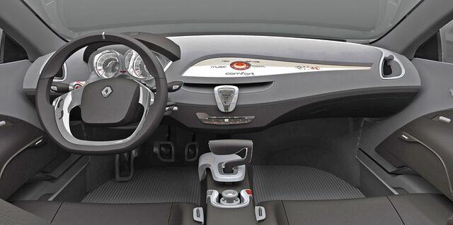 File:Renault LAGUNA Carscoop 4.jpg