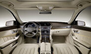 2010-Mercedes-E-Class-Estate-17
