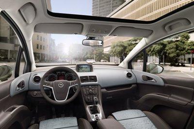 2011-Opel-Meriva-33small