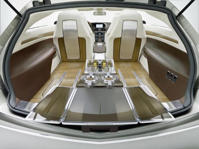 File:Mercedes ConceptFASCINATION 1223113614920 copy.jpg