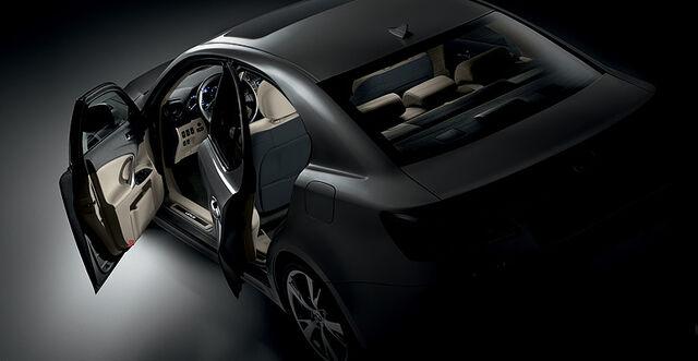 File:Lexus-IS-Facelift-2009-18.jpg