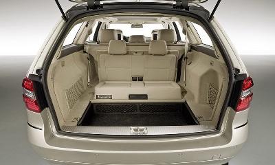2010-Mercedes-E-Class-Estate-21small