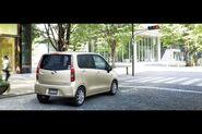 2011-Daihatsu-Move-1