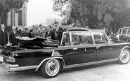 112 0712 12z-1965 mercedes benz 600 pullman landaulet popemobile-rear three quarter view