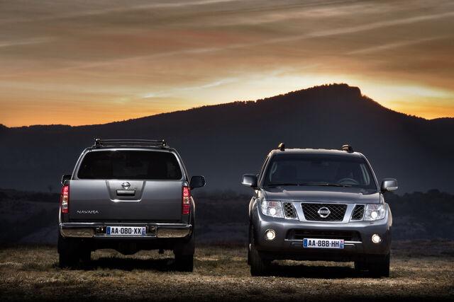 File:2011-Nissan-Pathfinder-Navara-13.jpg