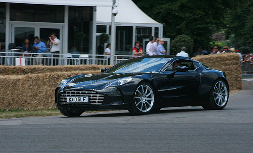 File:Aston Martin One-77.jpg