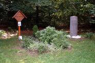 Bernd-Rosemeyer-Denkmal-2