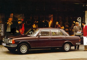 File:Mercedes-Benz W123 - 1975 to 1985 (3)small.jpg