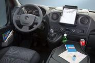 Opel-Vauxhall-Movano-8