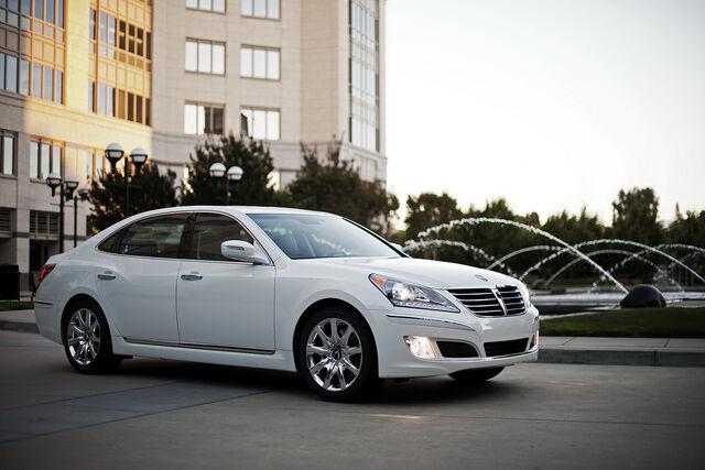 File:2011-Hyundai-Equus-50.JPG
